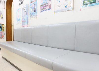 待合室です。診療の前後にはこちらでお待ち下さい。