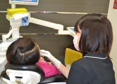 歯科衛生士による予防や検診も行っております。歯についてのお悩みはお気軽にご相談下さい。
