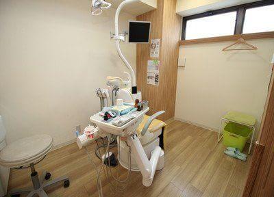 診療室も全てウッド調になっているので、落ち着いて診療を受けることができます。
