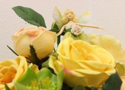 院内は花を置き、皆様にリラックスしていただけるよう努めます。