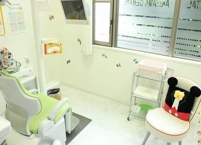 診療室です。お子様にも親しんでいただけるデザインになっております。