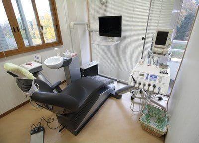 診療台です。ニーズに応えた、オーダーメイド感溢れる診療をお届けいたします。