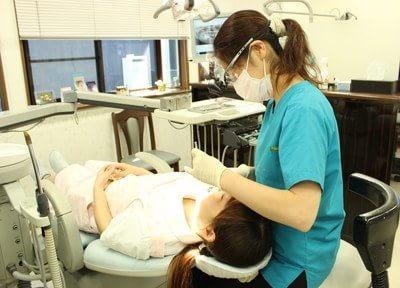 女性の先生が、丁寧に診療いたします。