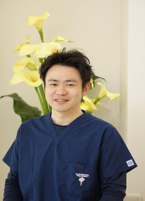 徳倉歯科口腔外科・矯正歯科 徳倉 圭 院長 歯科医師 男性