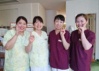 予防やメインテナンスは私たち衛生士が担当します。よろしくお願いいたします。