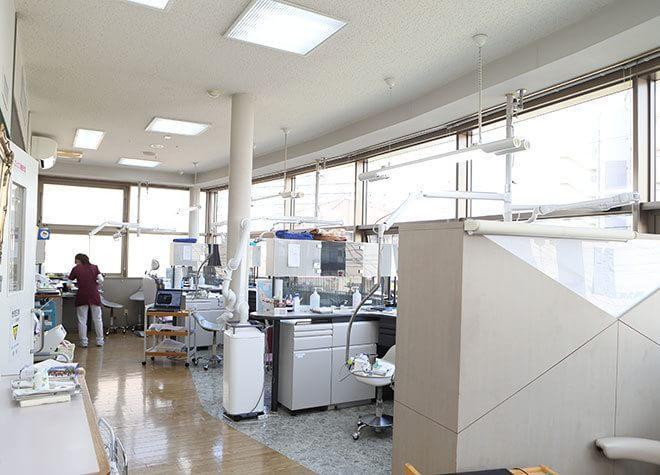 患者様同士が、診療中に見えないようになっております。また、完全個室も準備しております。