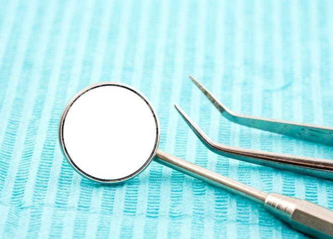 患者さまに歯周病の重大さを知っていただくために視覚的な説明を行っています