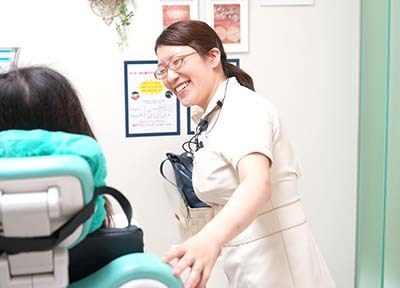 クローバー歯科4
