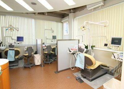 診察室です。明るく、清潔感があります。