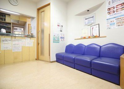 待合スペースです。こちらでお待ち下さい。