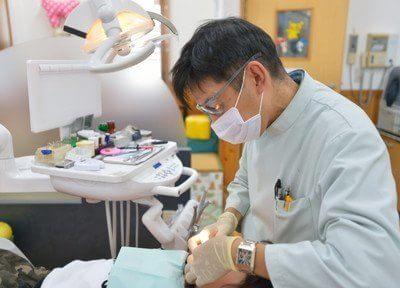 櫻井院長は患者様の気持ちを考えた優しい治療に努めます。