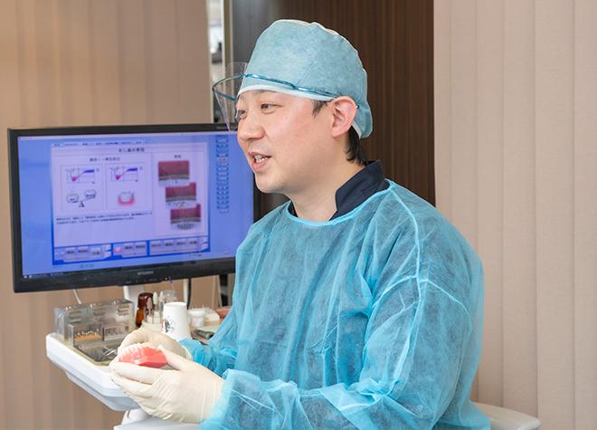 患者さまの状況を見極め、インプラントをおすすめします