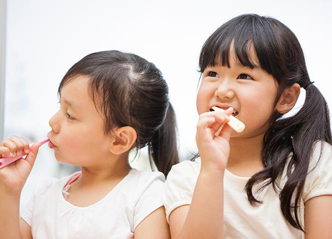 お子さまにも分かりやすく話すなど、歯科医院での診療を楽しめる工夫をしています。
