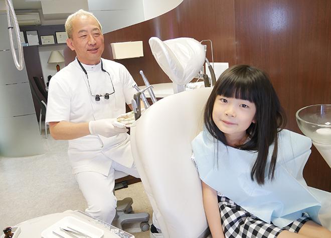 お子さまの歯をお守りするためには、早い段階で歯科医院に慣れることが大切です