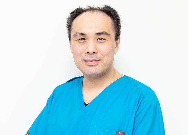 医療法人社団 祐一会 JR西日暮里・改札口歯科 小林 大介 理事長