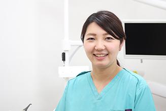 歯科医師 松岡