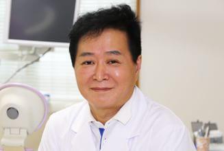 まごころ歯科|医師・スタッフ|院長 和田 史朗 1