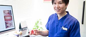 より通いやすい歯科医院を目指して気持ちよく治療に臨んでいただけるよう接遇面や技術の研鑚に力を入れています