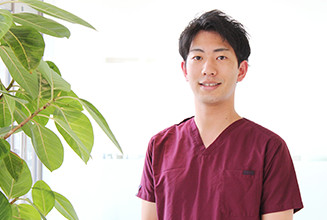 まつむら歯科クリニック(大阪市阿倍野区)|医師・スタッフ|歯科医師 榊原 亮(Ryo Sakakibara)