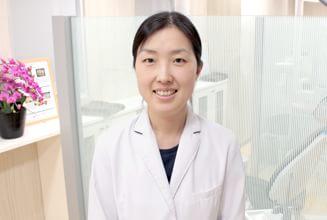 立川さくら歯科クリニック|医師・スタッフ|院長 木曽 祐美(Yumi Kiso) 1
