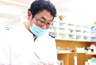 ふくろい中央歯科|医師・スタッフ|院長 花ノ内 章文 (Akifumi Hananouchi)