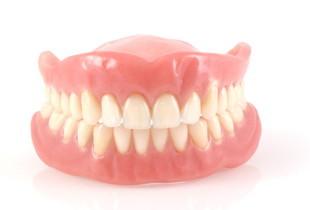 子供から大人まできれいな歯並びをプレゼントします