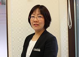 受付<br>上野菜穂子(Nahoko Ueno)