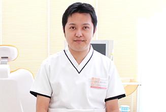 歯科医師 松井 克将(Katsumasa Matsui)