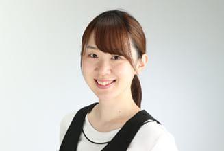 歯科衛生士  青山 佳奈