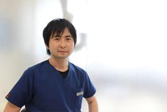 鈴木歯科医院|医師・スタッフ|副院長 鈴木 祐輔