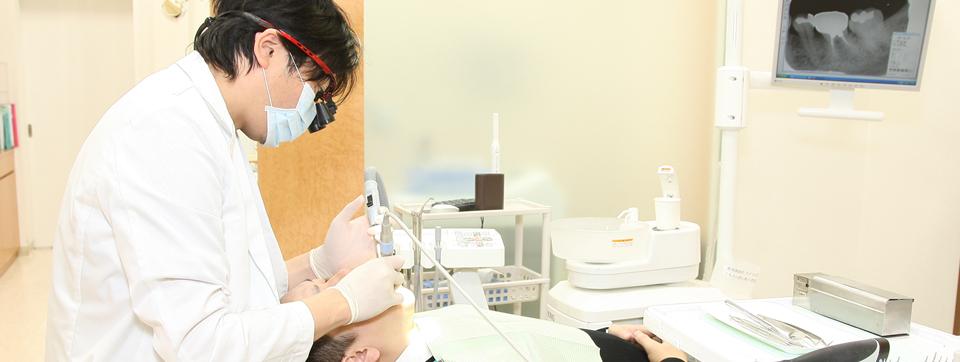 なるべく歯を削らないむし歯治療や予防・メンテナンスで大切な歯を残しましょう。