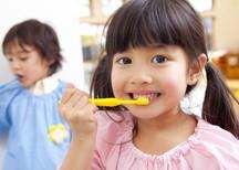 お子様が歯医者を嫌いにならないよう工夫しております。