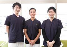 各分野の歯科医師が確かな知識と技術を持って治療を行います。