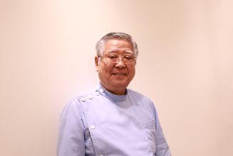 歯科医師  生駒