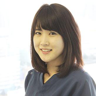 歯科技工士 青木 麻梨子