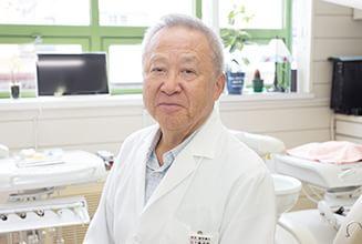 院長  五十嵐 俊男(Toshio Igarashi)