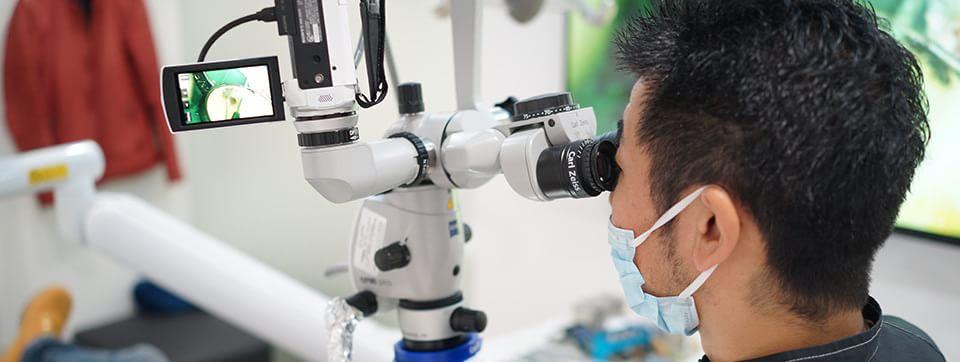 マイクロスコープや高精度な歯科用CT