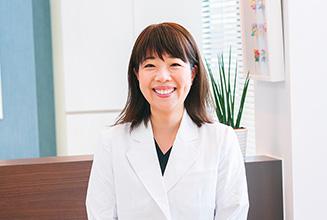 ハレノテラス歯科・矯正歯科 医師・スタッフ 歯科医師 赤松 奏 (Kanade Akamatsu)