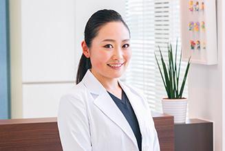 ハレノテラス歯科・矯正歯科 医師・スタッフ 歯科医師 奥脇 京子 (Kyoko Okuwaki)