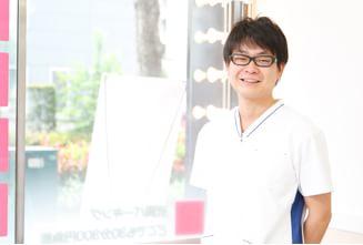 院長 酒井 啓志 (Hiroshi Sakai)