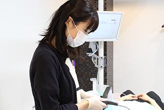 総合歯科 HMクリニック大阪中央|医師・スタッフ|医師 金城麻恵 【 Akie Kaneshiro】 1