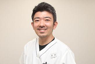 さくら歯科針中野院|医師・スタッフ|院長 請田 裕己(Hiroki Uketa) 1