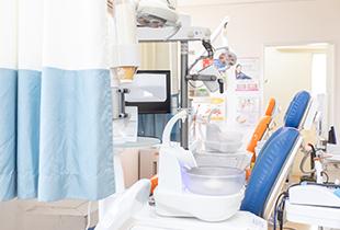 歯科医院に通っていただくストレスを軽減、リラックスして過ごせる空間づくり