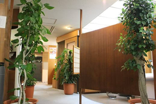 診療室。診療スペースはブースごとに分かれています。