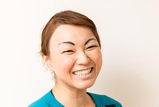 歯科助手前原 一江(Kazue Maehara)