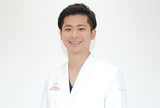 新横浜プリンスペペ歯科クリニック|医師・スタッフ|院長 北崎 浩一 (Koichi Kitasaki)
