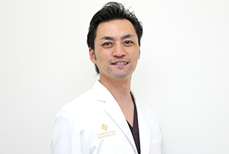 新横浜プリンスペペ歯科クリニック 医師・スタッフ 歯科医師 白井 崇浩 (Takahiro Shirai)