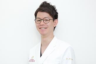 新横浜プリンスペペ歯科クリニック|医師・スタッフ|歯科医師 丸山 泰典(Yasunori Maruyama)