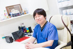 先生が歯科医師を目指し、また矯正を専門にされたきっかけを教えて下さい。