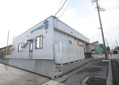 つきだて歯科診療室の外観です。三沢駅(青森県)から車で10分の場所にございます。